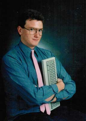 Computer onderdelen zijn geen toegevoegde waarde meet op profielfoto's in de 21ste eeuw.
